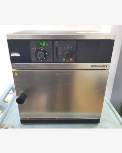 Memmert UM100 Lab Oven