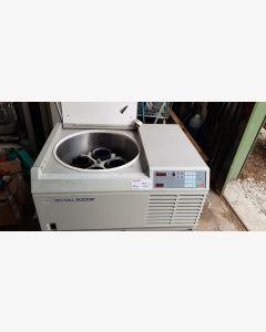 MSE Mistral 3000E Large Capacity Refrigerated Centrifuge