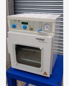 Heraeus Instruments Vacutherm VT6025 Vacuum Oven