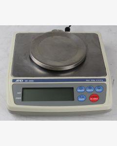 AND EK-300i Compact Balance
