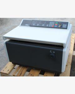 Hettich 4302 Refrigerated Centrifuge