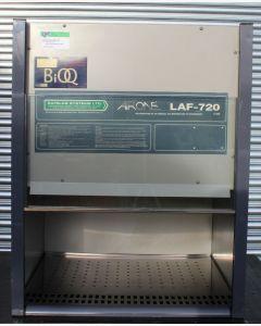 Safelab Airone LAF-720 Vertical Laminar Flow Cabinet