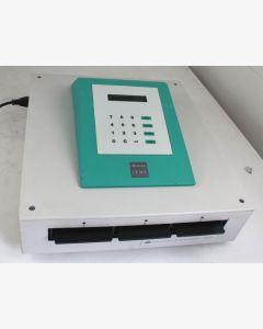 Labsystems 1410 iEMS Micoplate Incubator/Shaker with raised control panel